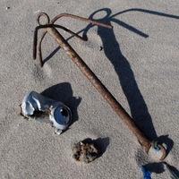 Metallbehälter- und Gegenstände, Rostklumpen